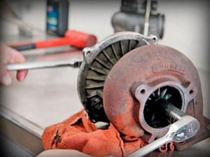 Ремонт турбины на двигателе