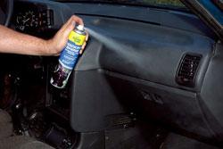 Уход за пластиком в салоне автомобиля